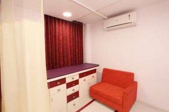 Check up Table - Consulting Room